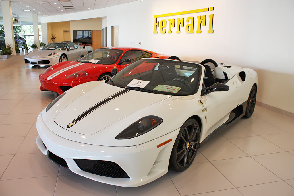 Ferrari_Achat_Vente_Decote_2013.jpg