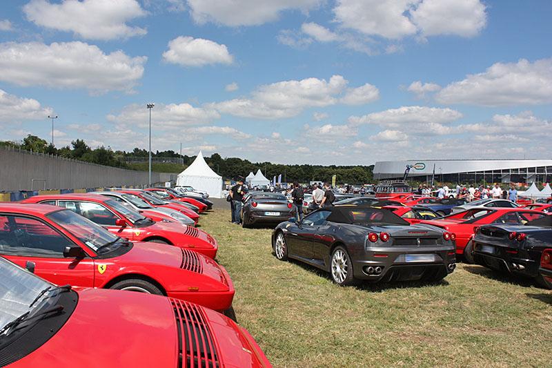 Espace-Ferrarista-Le-Mans-Classic-2016.jpg