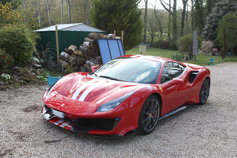 Ferrari-488-Pista-Cote-Gauche.jpg