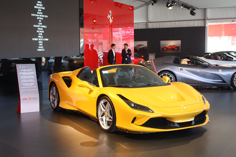 Ferrari-F8-Tributo-Spider-Side.jpg