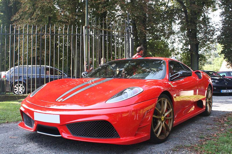 Ferrari-430-Scuderia-Gold.jpg