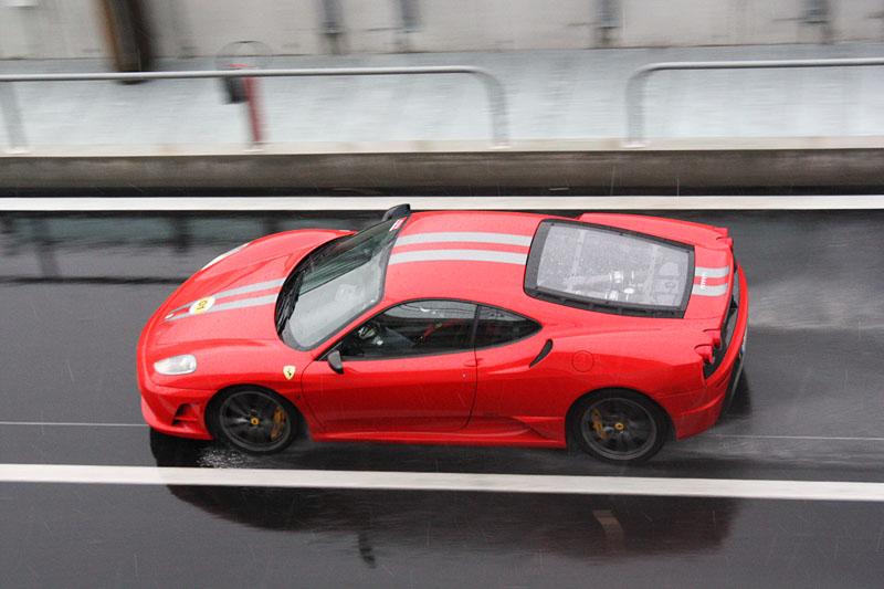 Ferrari-430-Scuderia-Pluie.jpg