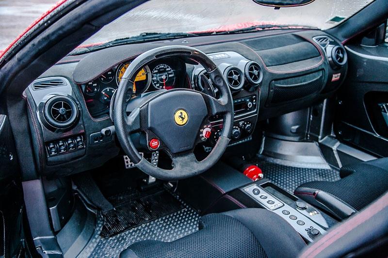 Ferrari-430-Scuderia-Riton-Interior-2.jpg