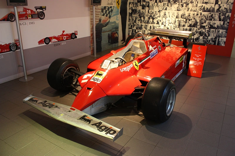 Formula-1-Ferrari-4.jpg