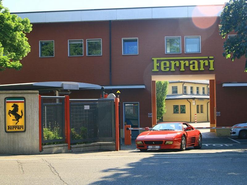 Ferrari-348-Maranello-2018-2.jpg