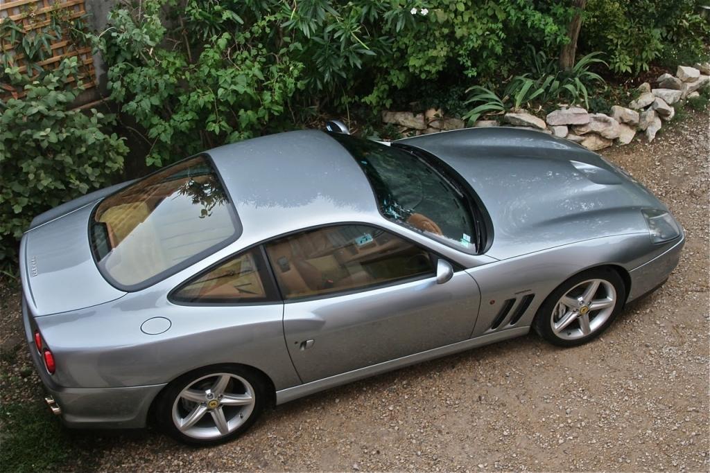 Ferrari-575-Dessus.jpg